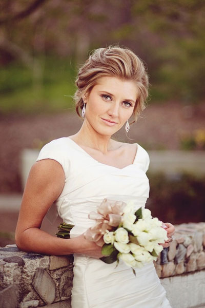 wedding-hairstyle18-front_Motif-Photography