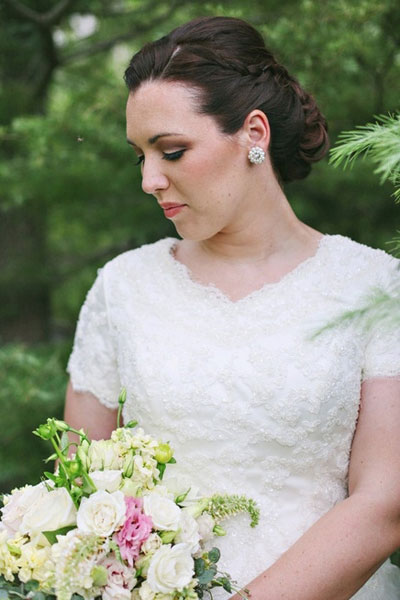 wedding-hairstyle4-front_hair-and-makeup-by-steph-jacque-lynn-photography